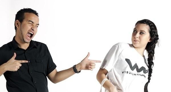 Принт на черной и белой футболке: как сделать, требования к макетам